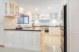 zee manufacturing kitchen cabinets zee manufacturing kitchen cabinets bellmont 1900 kitchen cabinets