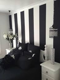 chambre blanc et noir chambre enfant en noir et galerie et chambre blanche et noir des