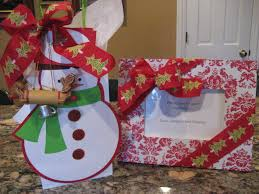 thoughtful last minute holiday hostess gifts more is more mom