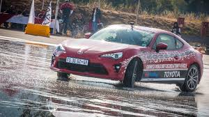 toyota gt 86 news and toyota gt86 sets new world record for longest continuous drift