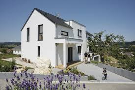 Kampa Haus Okal Haus Mit Satteldach Okal Haus Fertighaus Hausbaudirekt De