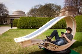 this outdoor lounge chair uses solar power to charge your device