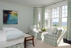 fauteuil chambre a coucher chambre à coucher 25 idées sympas pour aménager espace
