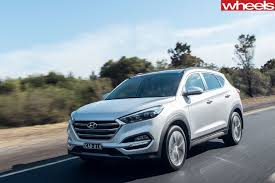hyundai tucson 2016 white 2017 hyundai tucson review live prices and updates whichcar
