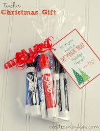 teacher christmas gift markers with free printable card