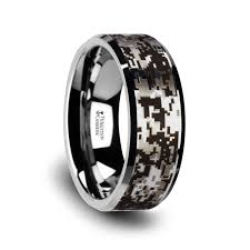 camo wedding ring camo rings camouflage wedding bands larson jewelers