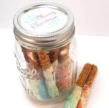 marshmallow snowman cocoa jars great homemade gift idea