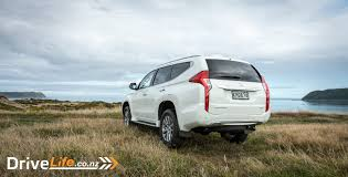 mitsubishi pajero sport 2017 mitsubishi pajero sport xls car review all roads not