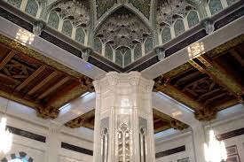Sultan Qaboos Grand Mosque Chandelier Gc2dcgf Grand Mosque Byop Unknown Cache In Oman Created By