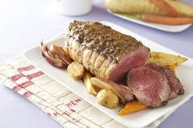 cuisiner un roti de boeuf au four rôti de boeuf à la moutarde à l ancienne et légumes au four grazia
