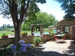 maison d hôtes beaujolais le clos de pomeir