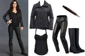 Lara Croft Tomb Raider Halloween Costume Ya Book Character Halloween Costume Ideas Breathe Relax