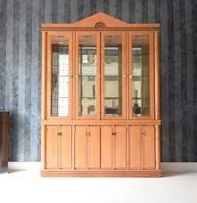 hickory white u0027genesis u0027 formal dining room china cabinet ebth