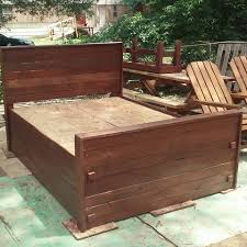 How To Make A King Size Platform Bed With Pallets by Diy Pallet Bed King Size 99 Pallets