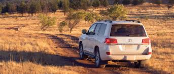 toyota land cruiser 2017 the rugged and luxurious 2017 toyota land cruiser suv