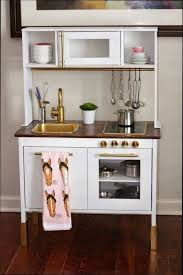 mini cuisine en bois cuisine ikea blanche et bois affordable cuisine on plan