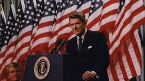Size Of Garrison Flag President Reagan And The American Flag 1982 The American Yawp