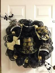 New Year S Front Door Decorations by 12 Best Happy New Year Images On Pinterest
