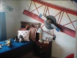 chambre garcon avion chambre deco deco avion chambre garcon