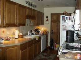 paint color for small kitchen