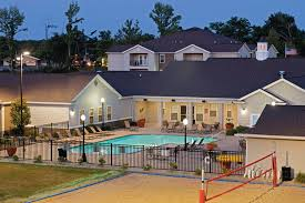 One Bedroom Apartments In Carbondale Il Reserve At Saluki Pointe Carbondale Il Apartment Finder