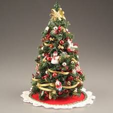 miniature christmas trees pin by janet jago on christmas trees for the dolls house
