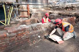 archaeologists reveal initial findings from detailed excavation at