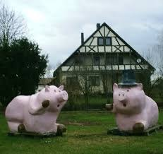 pig lawn ornaments yard decorations
