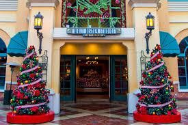 walt disney studios christmas paradise found around