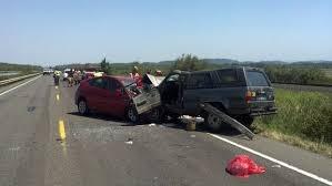 head on crash kills 2 between eugene and veneta in lane county