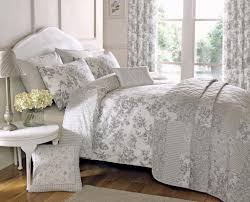 Comforters And Bedspreads Wonderful Teal Bedspreads And Comforters Crest Home Sunrise King