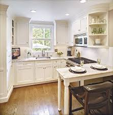 Kitchen Design Pictures For Small Spaces Best 25 Square Kitchen Layout Ideas On Pinterest Square Kitchen
