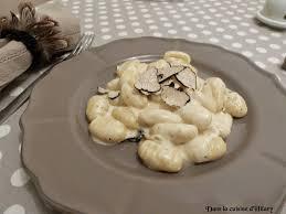 comment cuisiner des gnocchi dans la cuisine d hilary gnocchis à la crème de truffe gnocchis