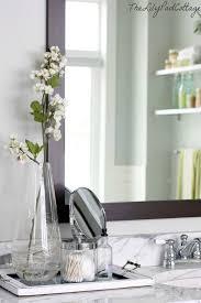 Bathroom Vanity Decor by The 25 Best Bathroom Counter Decor Ideas On Pinterest Bathroom