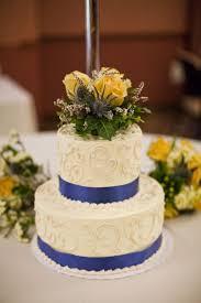 wedding cakes small elegant wedding cakes endearing small