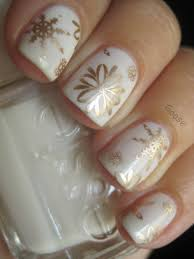goose u0027s glitter the 12 days of christmas nails day 7 golden snow