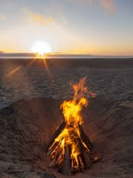 Beach Fire Pit by 120 Best Fire Images On Pinterest Camp Fire Beach Bonfire And