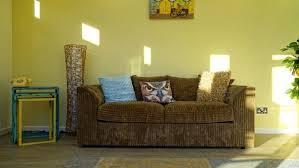 vieux canapé quelques conseils pour récupérer un vieux canapé en tissu