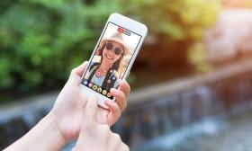 Live Video Streaming Chat Rooms by Latest App Craze Social Video Chatting And Live Streaming