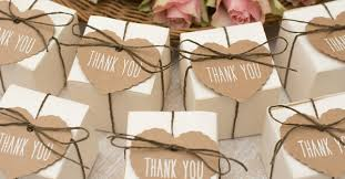 thank you wedding gifts 7 memorable thank you gifts your wedding guests will popxo