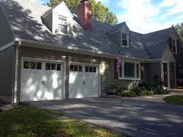 Cottage Style Garage Doors by 121 Best Clopay Steel Carriage House Garage Doors Images On
