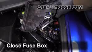 honda civic 2006 fuse box replace a fuse 2006 2011 honda civic 2007 honda civic si 2 0l 4