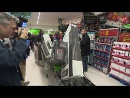 black friday shoppers 2017 black friday shopping invades british stores youtube