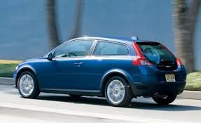 volvo c30 vs audi a3 2008 volvo c30 t5 version 1 0 road test reviews car and driver