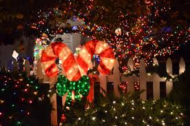 Candy Cane Lights Holiday In Lights Candy Cane Lane Woodland Hills Ca