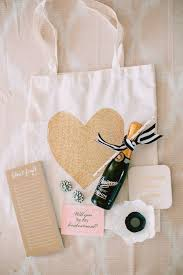 bridesmaid gift bags inexpensive bridesmaid s gifts that you ll want to keep for