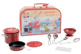 je cuisine kitchen suitcase la grande famille moulin roty la grande