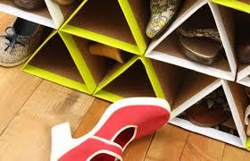 cara membuat lemari buku dari kardus bekas berkreasi buat rak sepatumu sendiri dari kardus bekas sobat jogja