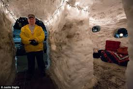 How To Build An Igloo In Your Backyard - boston family makes the most of the snow by building a four room