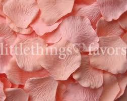 Silk Rose Petals The 25 Best Fake Rose Petals Ideas On Pinterest